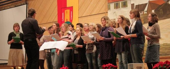 Der Jugendchor in der Hohensteinhalle